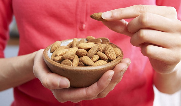 Healthy Weight Loss Snacks That Won't Sabotage Your Diet